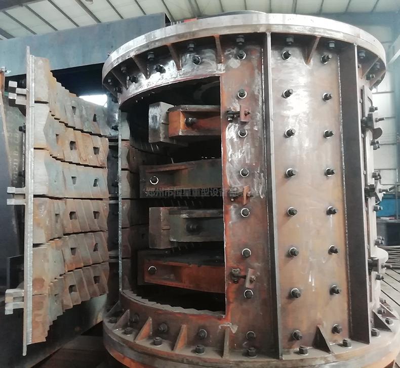 立轴板锤复合式破碎机内部结构图